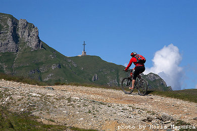 Mountainbiking in Bucegi mountains