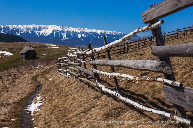 Walking tour in Romania, Bran county tour
