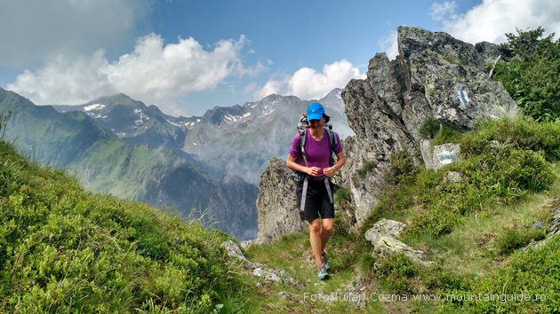 Hiking Fagaras, enjoy hiking